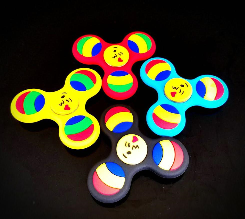 10 Pack-Silicone Rainbow Colors,Hand Fidget Spinners FS
