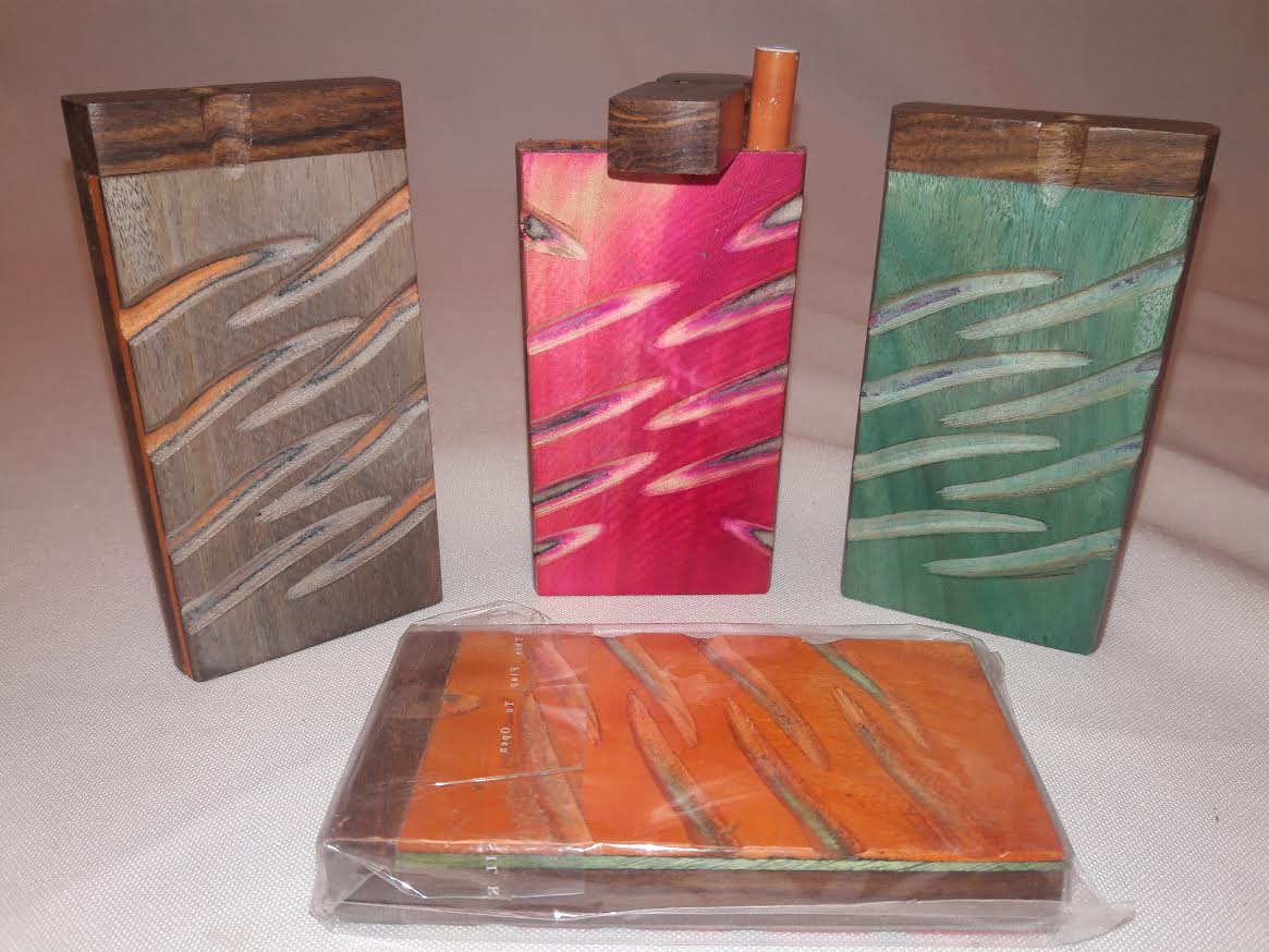 "4"" Large Carved Wood Mix Colors Dugout/w. metal Bat #DO3"
